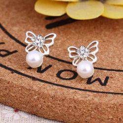 Örhänge fjäril med pärla