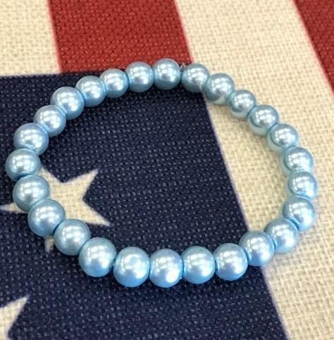 Ljusblått armband