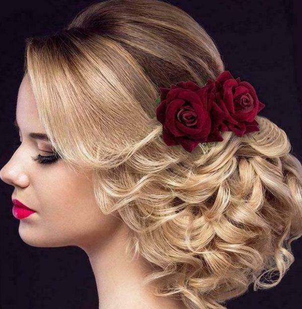 modell hårkam röd