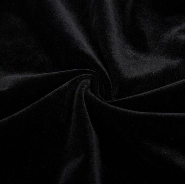 svart sammetstyg