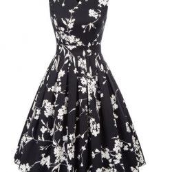 klänning svart vita blommor fram