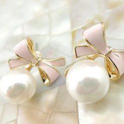 Örhänge clips vit pärla rosa rosett