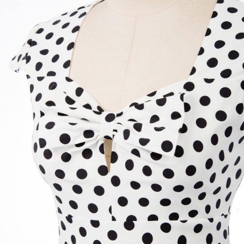 klänning vit svart prick byst