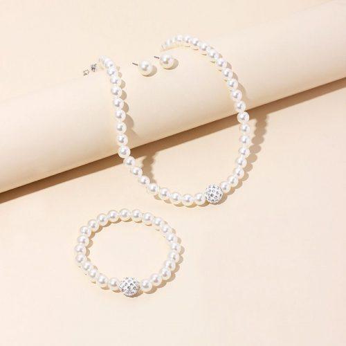 Pärlhalsband med örhängen och armband