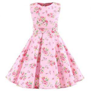 sommar barnklänning med rosa blommönster