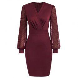 vinröd fodral klänning