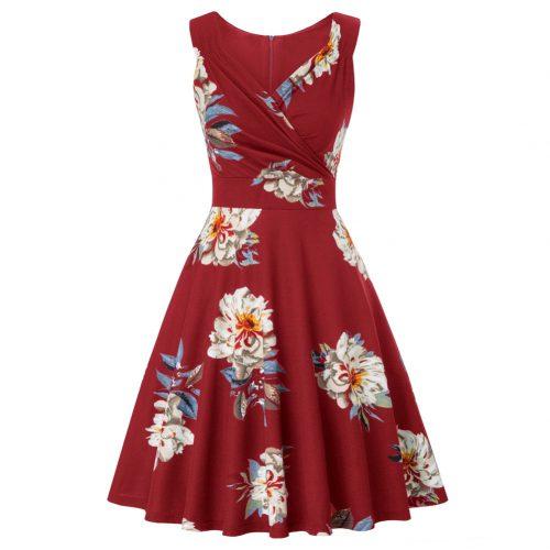 Rödklänning med blommönster